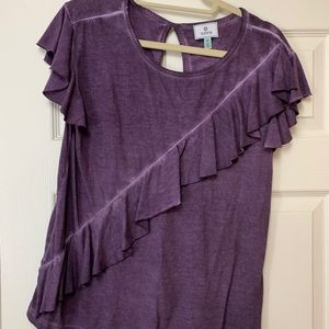 Susina Crew Neck T Shirt With Ruffle Accent M